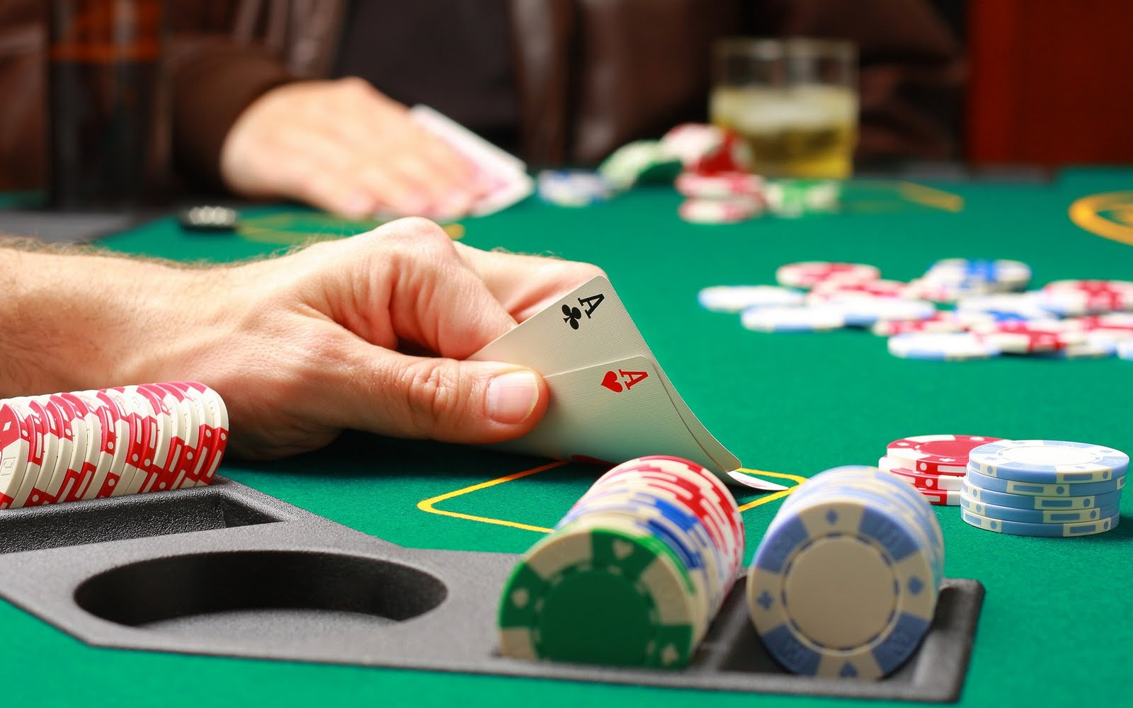 Why on the Internet gambling sites are offering bonuses to players